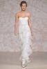 Сватбена рокля с втален силует с двойки волани Jenny Packham Есен 2011