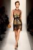 Bottega Veneta Есен-Зима 2011 рокля с деколте по врата