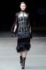 Вталена рокля с пух Alexander McQueen Есен-Зима 2011