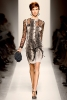 Bottega Veneta Есен-Зима 2011 рокля с ръкав от дантела
