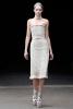 Вталена рокля без презрамки Alexander McQueen Есен-Зима 2011