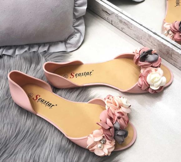 Нежни обувки в розово лято 2018