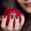 Стилни и красиви маникюри в бордо за всеки повод: 10 невероятни идеи (Снимки)