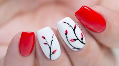 Червен маникюр с бяло и цветя лято 2018