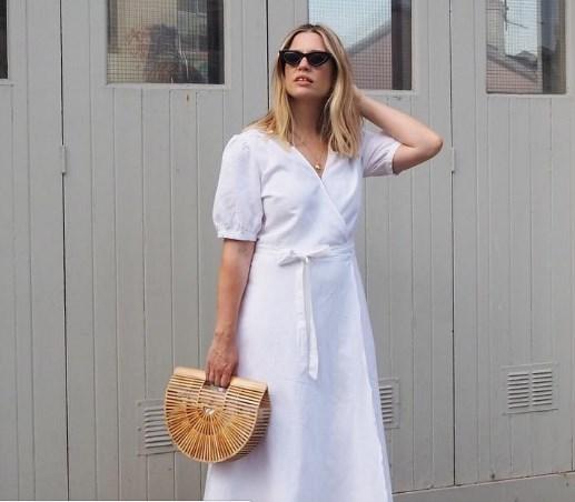 Бяла памучна рокля лято 2018