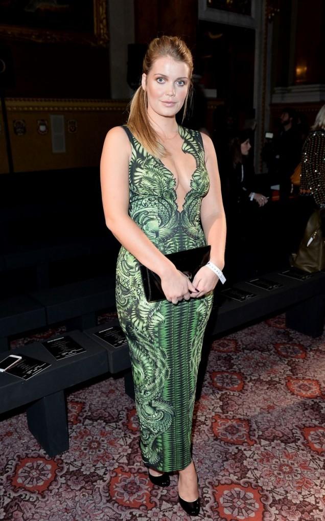 Стилна дълга зелена рокля