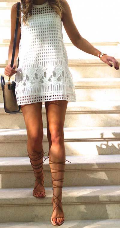 Бяла рокля лято 2018