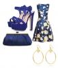 Флорална рокля в комбинация със сини аксесоари лято 2018