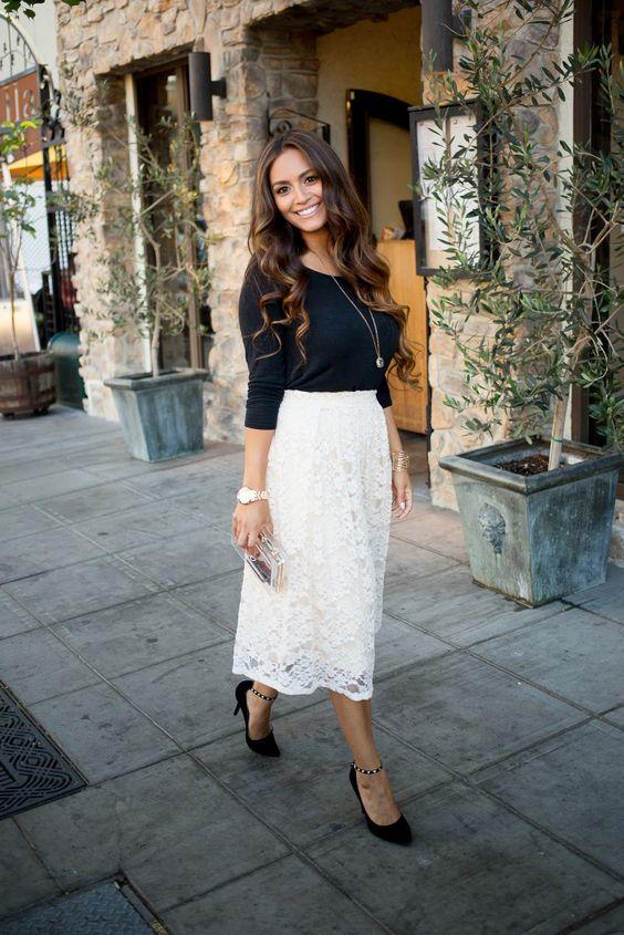 черна блуза с бяла пола
