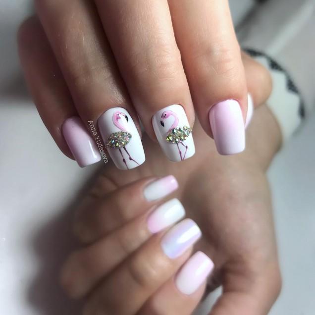 маникюр в светло розово