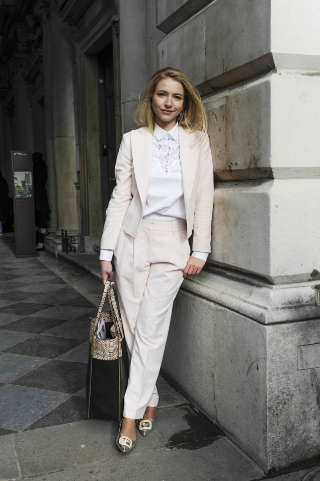 елегантен панталон със сако