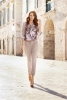 Панталоните Чинос са последният писък на модата: отиват на всички, 40 ярки идеи как да ги носите (Снимки)