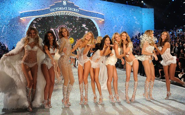 Модно шоу на Victoria Secret 2013