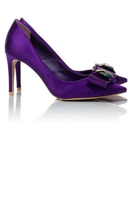 Лилави обувки