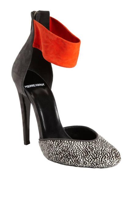 Готини обувки с висок ток