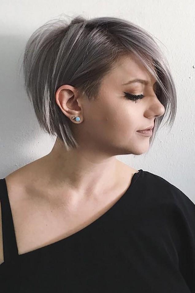 Стилна прическа боб за къдрава коса