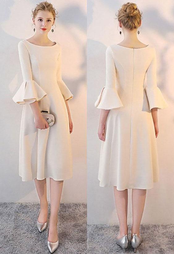 Кремава рокля с буфан ръкав