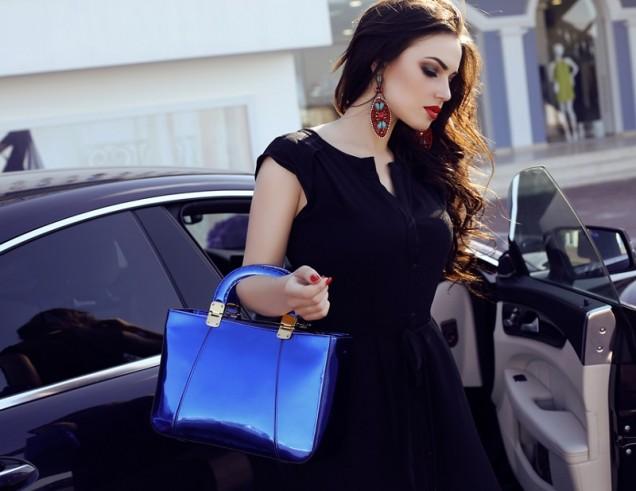 син лак чанта за ръка