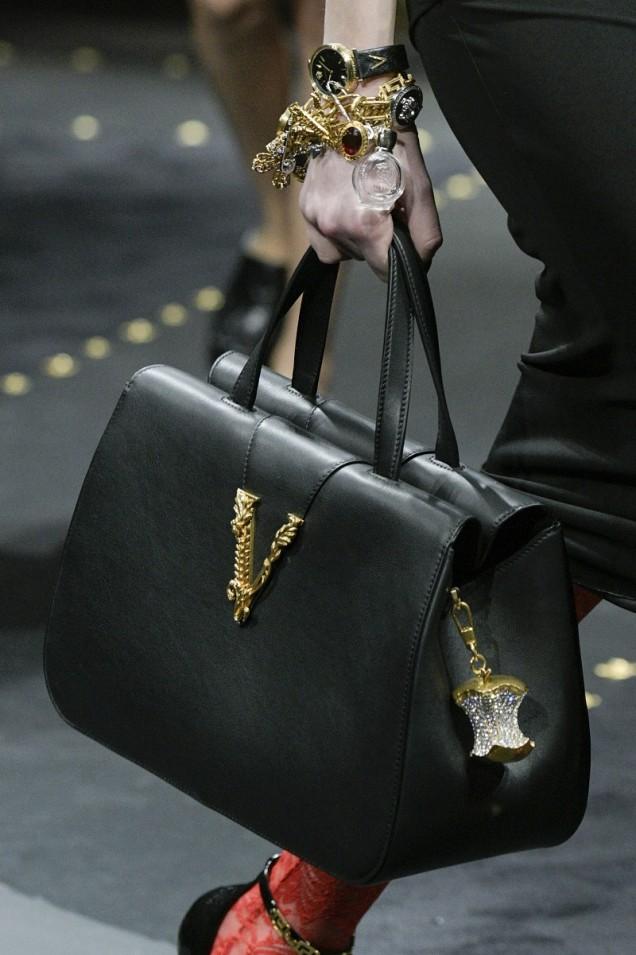 черна чанта за ръка 2019
