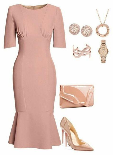 бледо розова рокля 2019