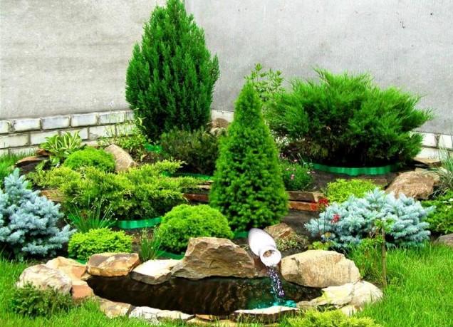 каменна градина с езеро