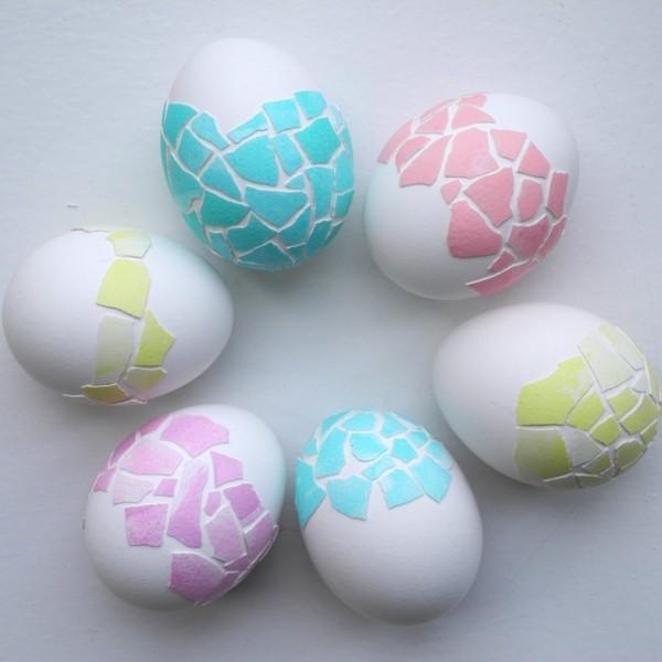 Декориране на Великденски яйца с черупки