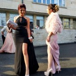атрактивни рокли за бала