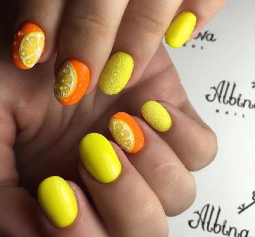 плодов маникюр жълто и оранжево