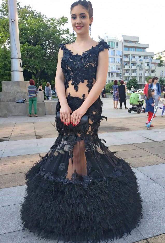 интересна абитуриентска рокля