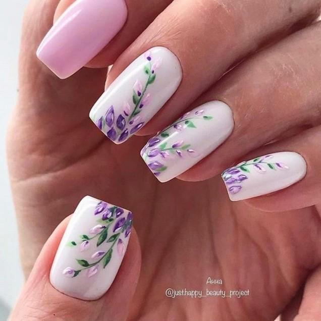розово и бяло комбинация.