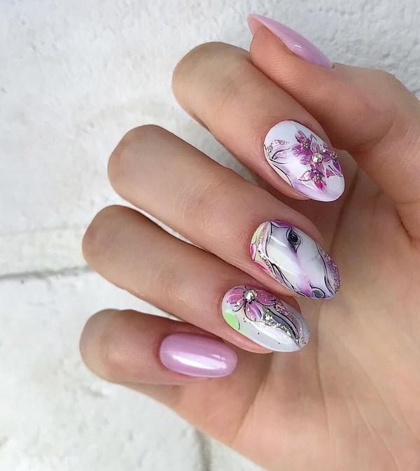модерен маникюр бяло и розово