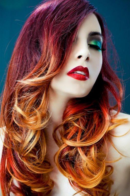коса в крещящи цветове