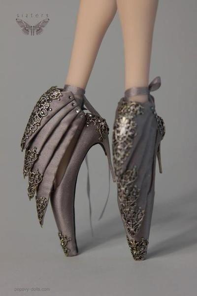 обувки на палци