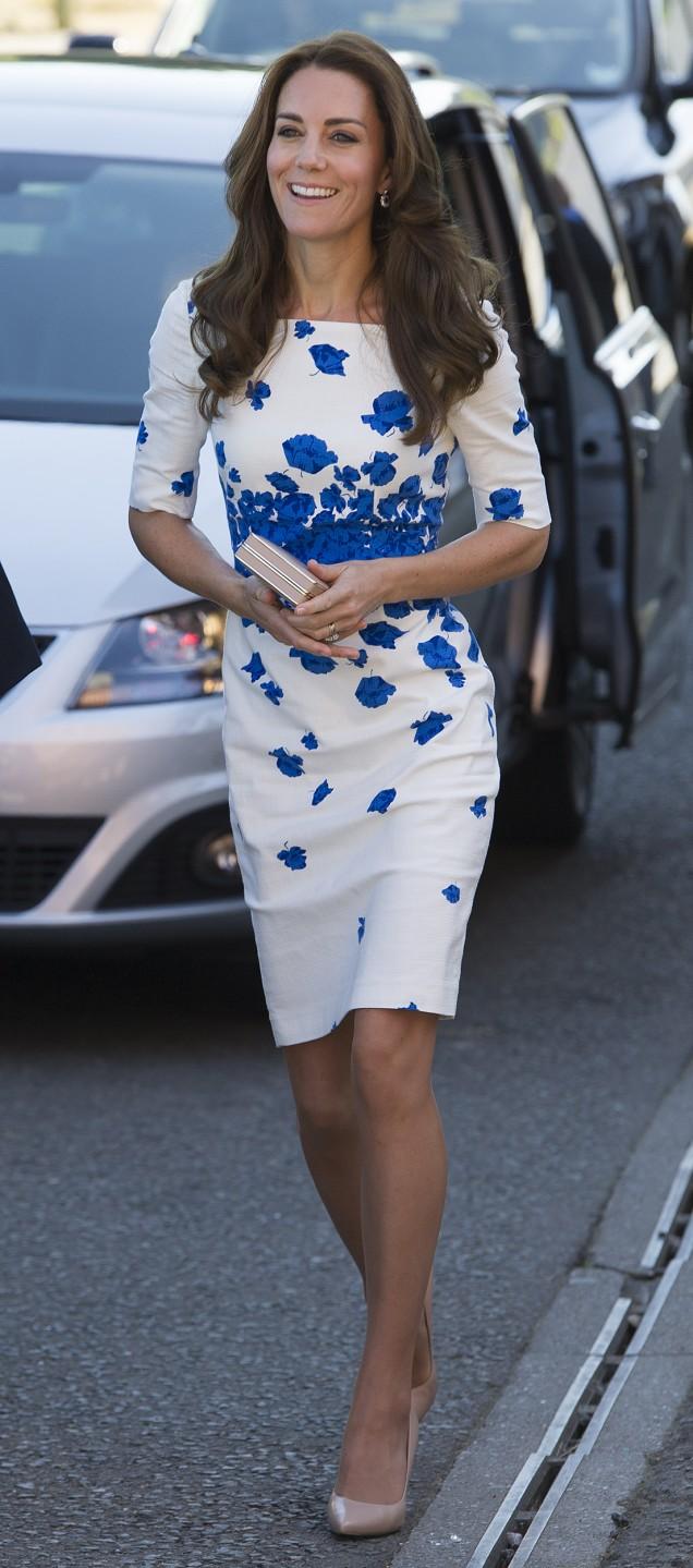 Кейт Мидълтън рокля до коляното