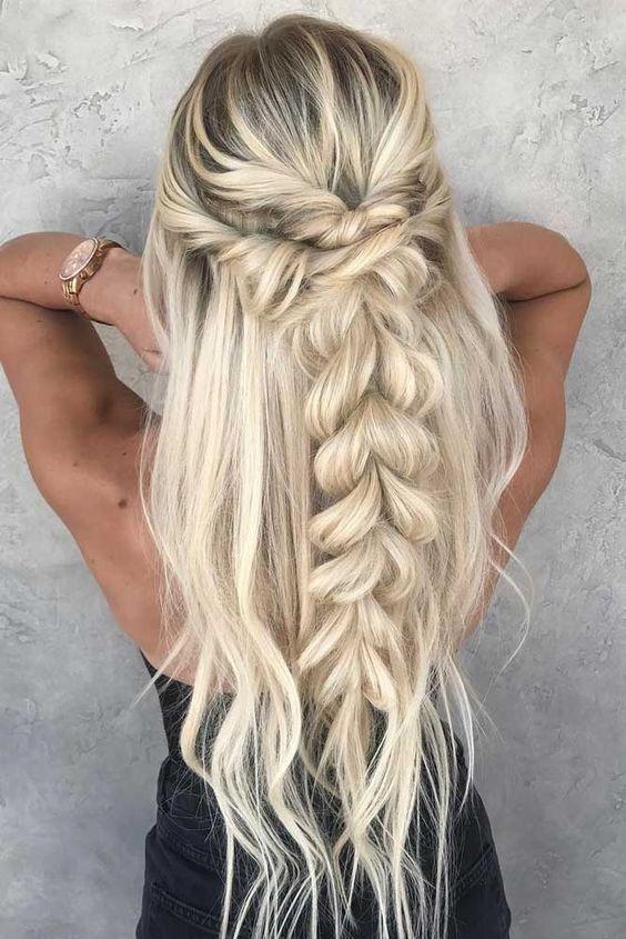 плитка за дълга руса коса
