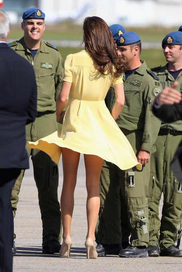 палава жълта рокля