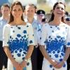 Кейт Мидълтън бяла рокля със синьо