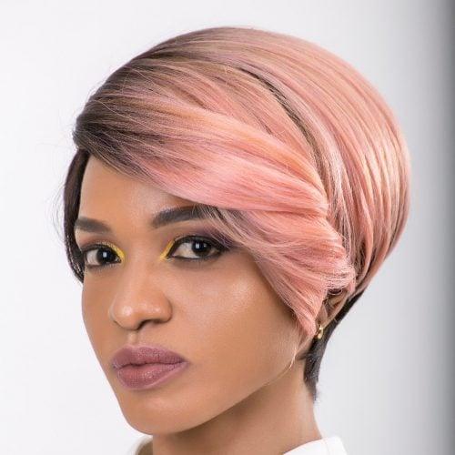 розова коса със златисти кичури