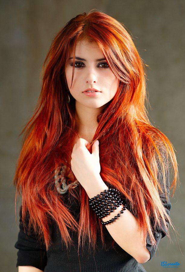 огнени коси