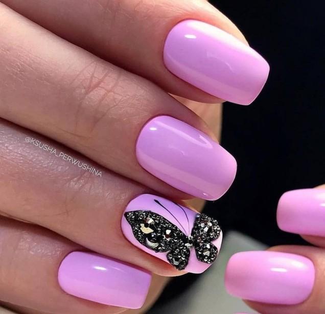 наситено розово с пеперудка