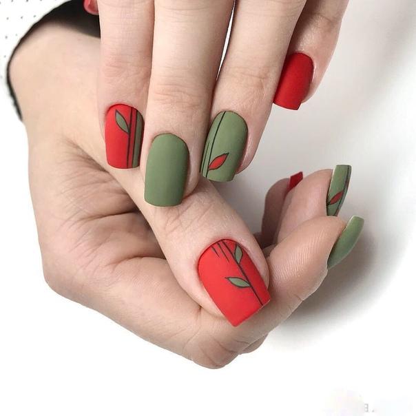 маникюр зелено и червено