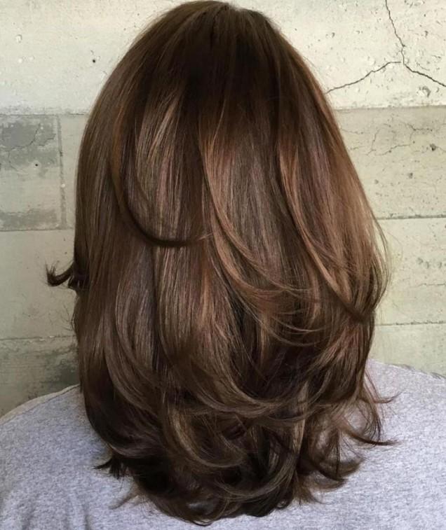 дълга коса на слоеве