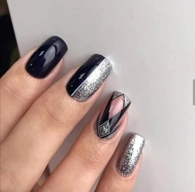 черно и сиво комбинация маникюр