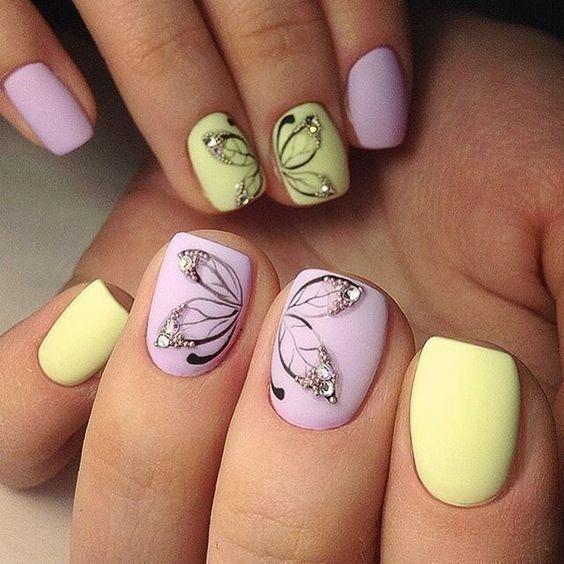 маникюр розово и жълто за къси нокти