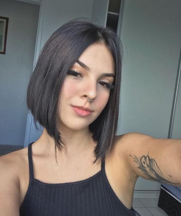 средно каре права коса