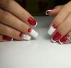 френски маникюр червено и бяло