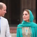 Кейт и Уилям посетиха храм
