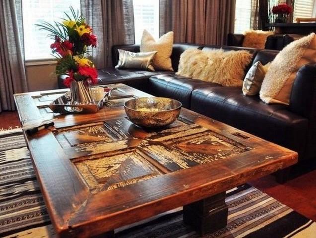 дървена маса с оригинален плот