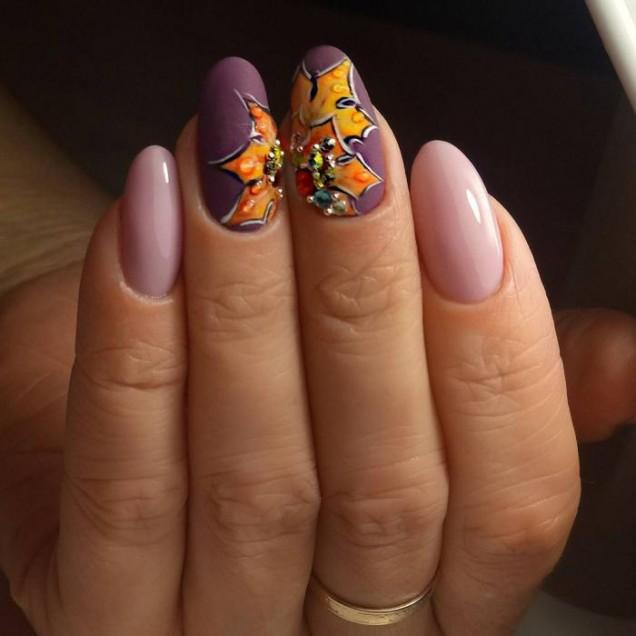есенен маникюр лилаво с листа