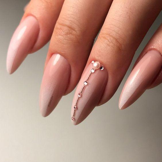 розово омбре с перлички